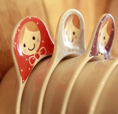 matryoshka designed bowl handle Russian Doll Tattoo, Vintage Cupcake, Matryoshka Doll, Ceramics Projects, Russian Art, Beautiful Kitchens, Ukraine, Pottery, Hand Painted