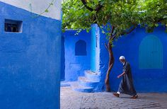 This is not a street art performance or part of a city festival – this is what the old town sector (or medina) in Chefchaouen, Morocco, has looked like every day of the year for quite a few decades…