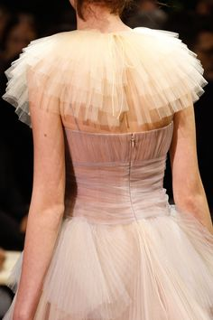Christian Dior Haute Couture Spring/Summer 2017 Details