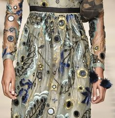patternprints journal: PRINTS, PATTERNS, TEXTURES AND TEXTILE SURFACES FROM LONDON FASHION WEEK (WOMENSWEAR F/W 2015-16) / 2