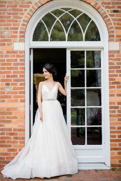 Photography: Caroline Lima Photography - http://www.stylemepretty.com/portfolio/caroline-lima-photography Wedding Dress: Blush Bridal - http://www.stylemepretty.com/portfolio/blush-bridal-2   Read More on SMP: http://www.stylemepretty.com/2015/09/22/modern-elegance-wedding-inspiration-shoot/