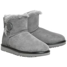 UGG Mini Bailey Button Metallic II Boots Geyser (675 PEN) ❤ liked on Polyvore featuring shoes, boots, button shoes, ugg shoes, metallic shoes, miniature shoes and ugg footwear