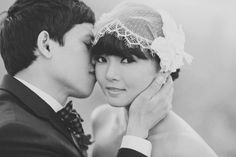 Love everything about this bride's style ... SO SO SO cute ... really want the lace headpiece :)