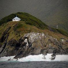 """Isla de los Estados que inspiró a Julio Verne en el libro """"El Faro del Fin del Mundo"""". #Argentinayvos"""