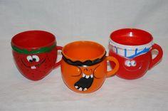 (1974) Vintage Pillsbury Funny Face Mugs. Jolly Olly Orange, Freckle Face Strawberry, and Choo-Choo Cherry