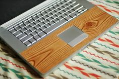 """How To: Make a """"Wood Grain"""" Laptop Wrap » Curbly   DIY Design Community"""