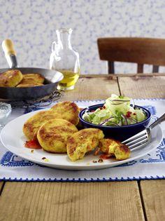 Unser beliebtes Rezept für Couscous-Möhren-Frikadellen mit asiatischem Gurkensalat und mehr als 55.000 weitere kostenlose Rezepte auf LECKER.de.