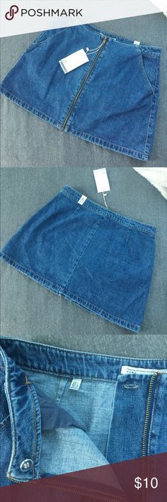 Zara Front Zip Skirt Brand new with tags Zara denim skirt! Front zipper works with button to secure front. Super cute skirt for the summer! Zara Skirts A-Line or Full
