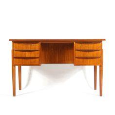 H:72cm W:117cm D:58cm Knee Hole W:40cm Retro Vintage Danish Double Pedestal Teak Office Desk Dressing Table 50s 60s 70s…