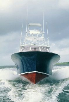 Boating with a Bertram Fishing Yachts, Sport Fishing Boats, Yacht Boat, Boat Dock, Sea Fishing, Saltwater Fishing, Speed Boats, Power Boats, Boat Dealer