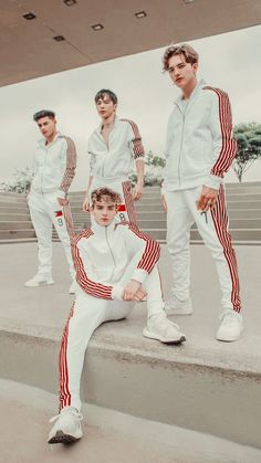 Now United ❤️ Heroes United, Michael Mell, Bailey May, Boys Wallpaper, Love Now, Grey Sneakers, Beautiful Boys, My Boys, My Photos