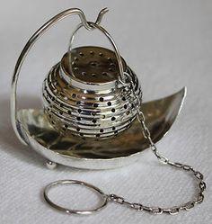 WEBSTER Vintage Sterling Chinese Lantern Tea Ball Strainer Infuser & Leaf Holder
