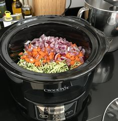 Slow Cooker Recepies, Healthy Slow Cooker, Bistro Food, Dutch Recipes, Food For A Crowd, I Love Food, Food And Drink, Healthy Recipes, Instant Pot
