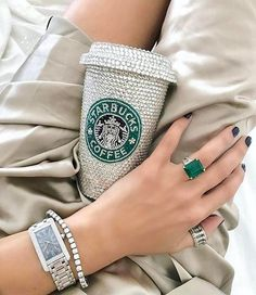 Is this the most beautiful Starbucks cup ever? Not to mention the stunning emerald ring 💍💚. Luxury Gifts For Her, Purse Styles, Watch Sale, Watch Brands, Girly Things, Girly Stuff, Bangle Bracelets, Bracelet Set, Bangles