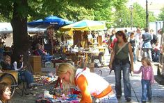 Trödelmarkt am Arkonaplatz, Sundays.