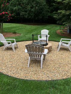 Fire Pit Ideas Backyard Landscaping - Try turning off your TV and stashing the remote for a better family time. Go to your backyard and sit around the fire pit to maintain a conversation, instead. Diy Fire Pit, Fire Pit Backyard, Backyard Patio, Backyard Landscaping, Landscaping Ideas, Backyard Ideas, Backyard Seating, Desert Backyard, Sloped Backyard