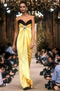 Yves Saint Laurent | Spring 1986