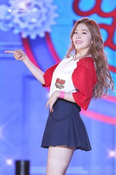 A blog dedicated to SM Entertainment's rookie girl group Red Velvet (레드벨벳) consisting of members...
