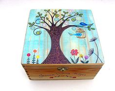 XXL Funky Forest Tree memory box, Personalised keepsake box – tree and birdcage, Wooden memory box w - Vogelkäfig Dekorieren Painted Wooden Boxes, Wooden Art, Diy Trinket Box, Wooden Memory Box, Prayer Box, Small Jewelry Box, Personalised Box, Keepsake Boxes, Box Design