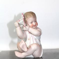 Vintage Large Piano Baby with Sea Shell by SugarLMtnAntqs on Etsy Piano, Art Deco Glass, Half Dolls, Baby Hands, Bisque Doll, Dollhouse Dolls, Baby Room Decor, Antique Dolls, Dollhouses