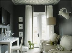 Wallpapered ceiling. Use texture!