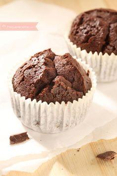 Magdalenas de Brownie , Los brownies ya son un clásico de la repostería, y si los trasladamos a unas magdalenascomo éstas pronto se convertirán en un imprescindible en ...