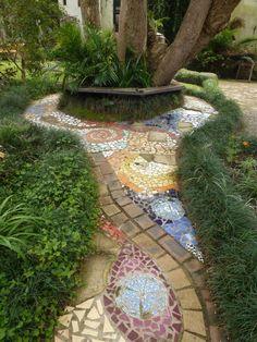 Nice mosaic path #backyard #landscaping #ideas