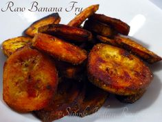 Raw Banana Fry (Vazhakkai Varuval) - A fry made with raw banana can be had as a side for rice and some curry. Okra Fries, Carrot Fries, Raw Banana, Fried Bananas, Vegetarian Side Dishes, Easy Indian Recipes, Curry Leaves, Banana Recipes, Yams