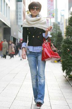 street style, poncho, jacket, jeans