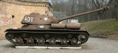 In Poznan Muzeum specialists makes general repair of soviet tank IS-2