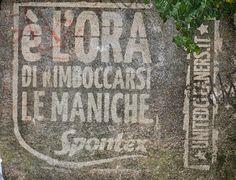 GreenGraffiti® Italy for Spontex. Milan, May Moss Graffiti, Reverse Graffiti, Green Marketing, Building Art, Creative Advertising, Art Direction, Street Art, Nature, Milan