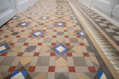 Hydraulic tile floors, or hydraulic mosaics, are one of the most used and common types of floors in Barcelona, specially until the These were forgotten and Floors, Tile Floor, Barcelona, Real Estate, Contemporary, Rugs, Blog, Home Decor, Home Tiles