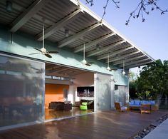 Outdoor living space - House SNR / TheHeder Partnership