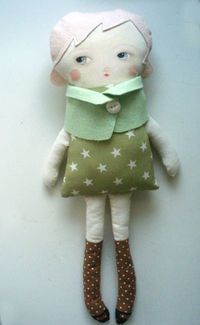 Emily Martin dolly... tutorial here: http://www.marthastewart.com/article/black-apple-doll?lnc=38f9cf380e1dd010VgnVCM1000005b09a00aRCRD&rsc=showmain_tv_the-martha-stewart-show