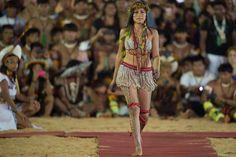 Wonder Woman, Superhero, Voici, Women, Style, Fashion, Cooker Recipes, Mascarpone, Brazil