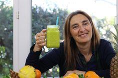 Los ingredientes del smoothie de hoy favorecen los procesos digestivos aumentando la secreción de jugos gástricos.