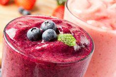 Shakes emagrecedores aliados a uma alimentação balanceada podem ser a chave para reduzir medidas de forma saudável. Ricos em vitaminas, minerais, fibras e ingredientes termogênicos, eles saciam a fome, aceleram o metabolismo e ajudam o intestino a funcionar.Leia também:Chá de 30 ervas emagrece até 10 k