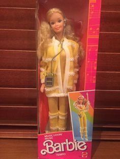 d3c38df285da Rare Vintage Music Lovin  Barbie 1985 Mattel, NRFB, Mint Doll! 26+4.95
