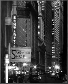 Broad Street, New York, 1940 (silver gelatin print). Photo: Andreas Feininger. Image: George Eastman House Still Photograph Archive.