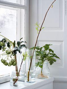Ta in våren i sovrummet! CYLINDER vaser och ENSIDIG vas. Stylist Hans Blomquist.