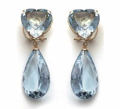 Blue topaz or aquamarine (not sure) drop earrings I Love Jewelry, Jewelry Box, Fine Jewelry, Cute Earrings, Pearl Earrings, Drop Earrings, Shades Of Light Blue, Bleu Pastel, Purse Styles