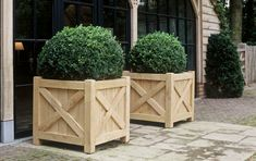 kayzer flower box - Out - Standing Belgium Diy Wooden Planters, Diy Planter Box, Raised Planter, Garden Planters, Planter Ideas, Front Door Planters, Garden Bags, Hydroponic Gardening, Outdoor Landscaping