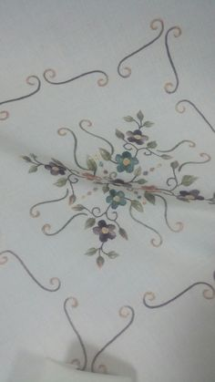 Leaf Tattoos, Sims, Elsa, Home Improvement, Embroidery Designs, Mantle, Home Repair, Home Improvements, Interior Decorating