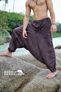 Casual Wear For Men, Casual Suit, Hippie Outfits, Dope Outfits, Hipster Fashion, Dark Fashion, Indian Men Fashion, Mens Fashion, Yoga For Men
