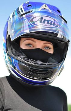 Motorbike Girl, Motorcycle Outfit, Lady Biker, Biker Girl, Motorbikes Women, Mask Girl, Ancient Beauty, Dress Gloves, Super Bikes