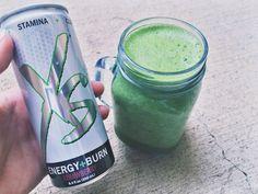 XS green goodness. Spinach, cucumber, apple, broccoli, vitamineral green powder, & strawberry XS energy + burn.
