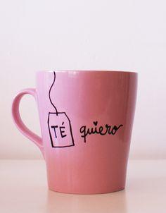 Tus besos saben a té rojo y me gusta cuando hueles a rooibos. Taza rosa de porcelana. Mide 11 cm de alto. 15 EUR