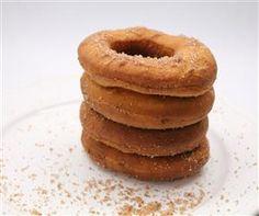 Fahéjas fánk Onion Rings, Doughnut, Pancakes, Churros, Breakfast, Ethnic Recipes, Food, Pizza, Morning Coffee
