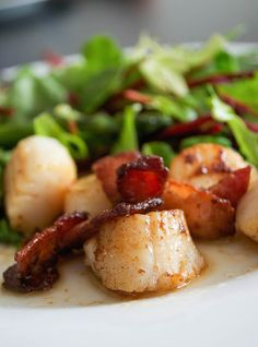 Comfort Bites: Perfect Pan Fried Scallops and Bacon Clean Recipes, Fish Recipes, Seafood Recipes, Paleo Recipes, Fancy Recipes, Skillet Recipes, Paleo Food, Fish Dishes, Seafood Dishes