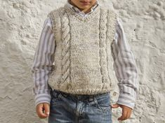 Lola y Lana Knitting Patterns Boys, Knitting For Kids, Baby Knitting, Baby Vest, Baby Boy, Ragnar, Knit Vest, Men Sweater, Lace